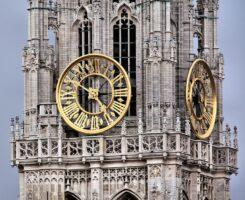 clock-tower-143224_960_720 -v2